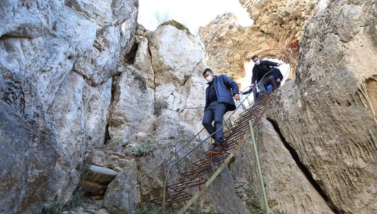 'Kont Dracula' ile anılan Eğrigöz Kalesi ile İkitaş Kanyonu turizme kazandırılıyor