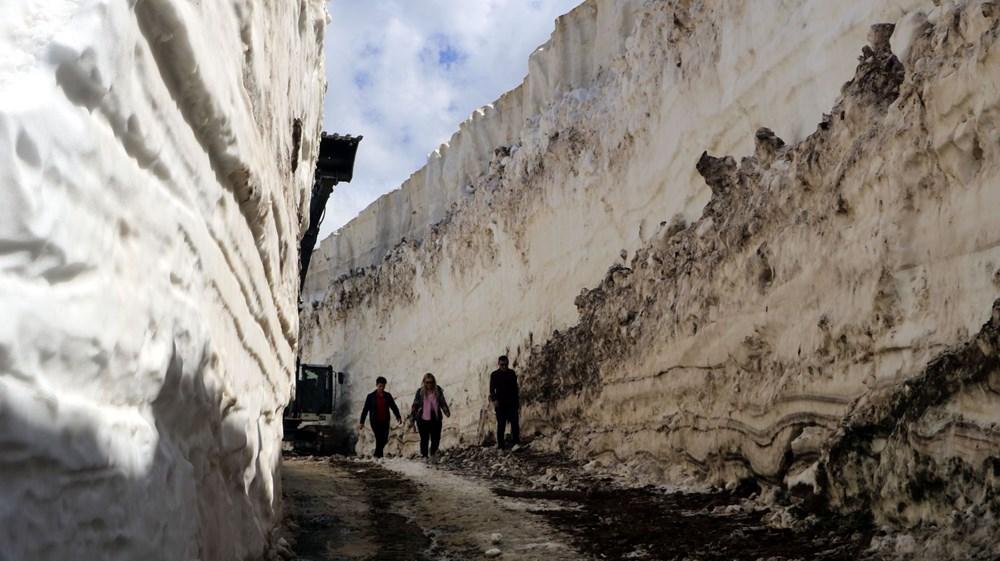 Yüksekova'da, mayıs sonu 8 metrelik karla mücadele - 5