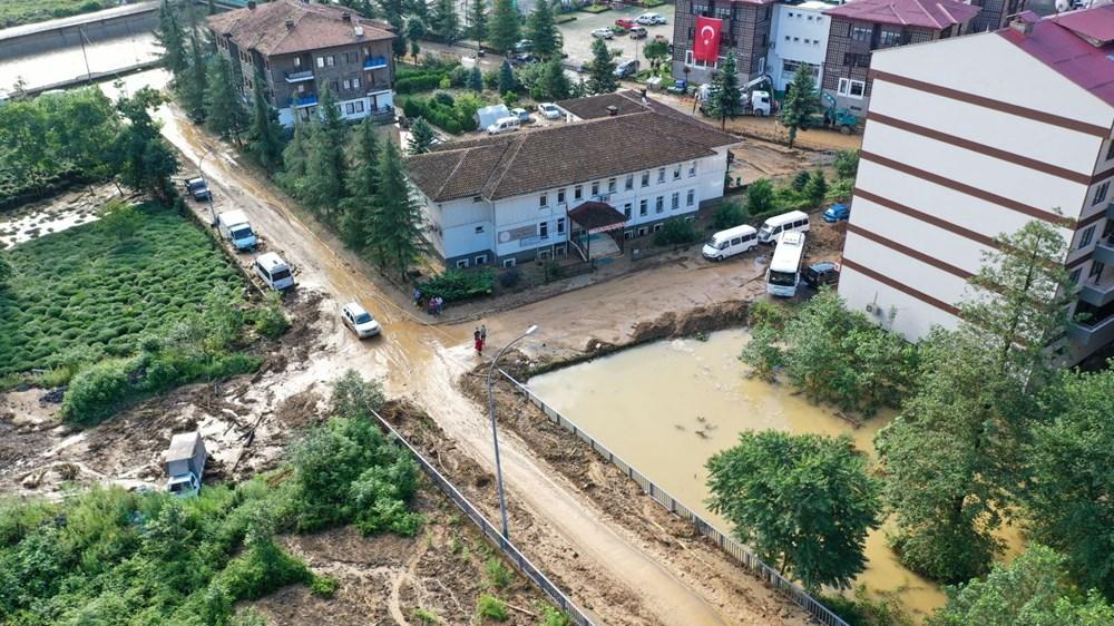 Rize'de sel ve heyelan afetinin hasarı gün ağarınca ortaya çıktı - 31