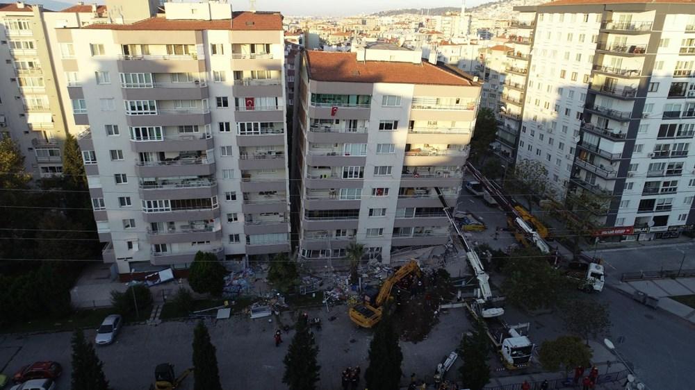 Depremde ilk 3 katı çöküp yan yatan bina, vinçlerle desteklendi - 4