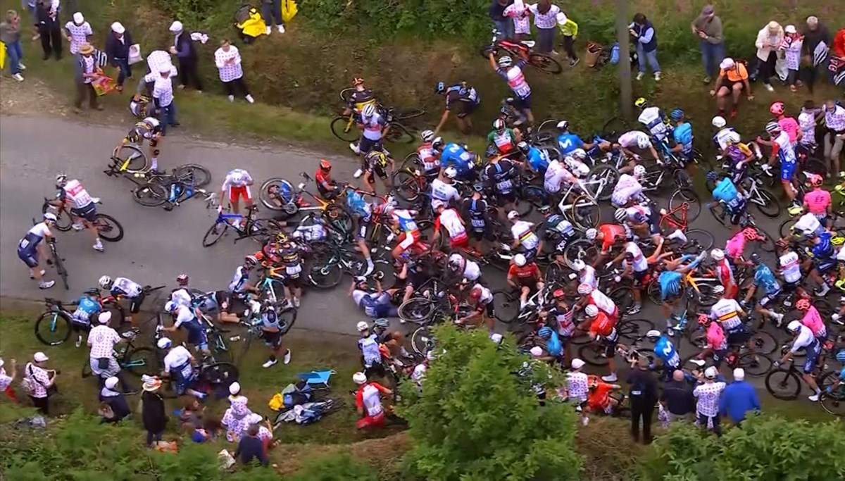 Spectators led to chain accident