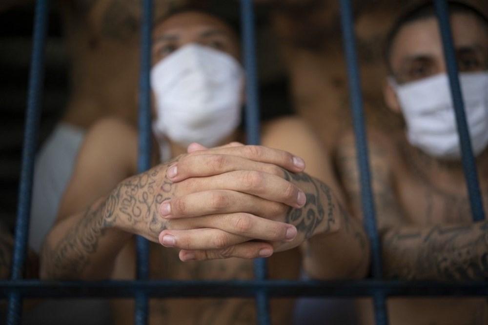 El Salvador'da 'balık istifi' hapishane - 5