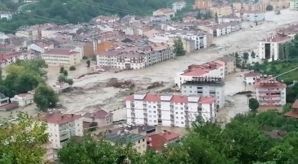 Batı Karadeniz'i sel vurdu: 13 yaşındaki kız çocuğu selde kayboldu - 21