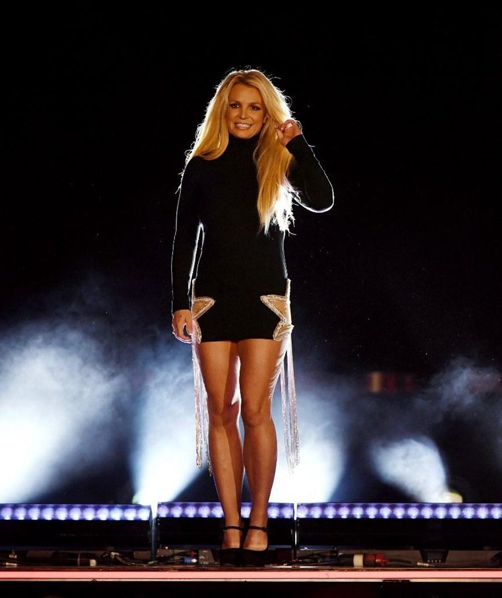 Britney Spears babasına açtığı vasilik davasında konuştu: Bana ilaçlar vererek beni uyuşturuyor - 2