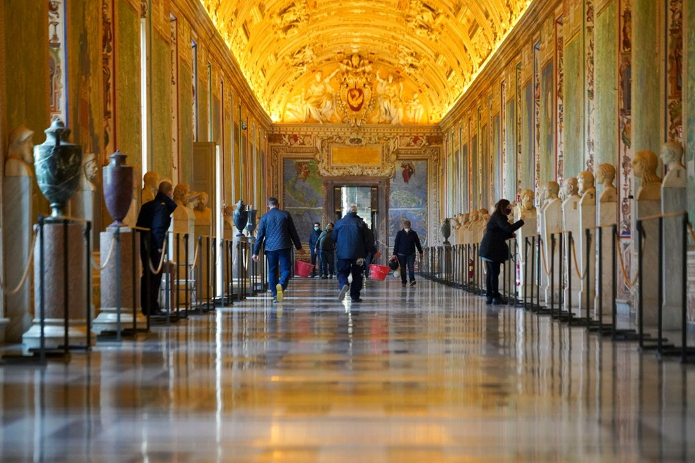 Vatikan Müzesi açıldı - 3