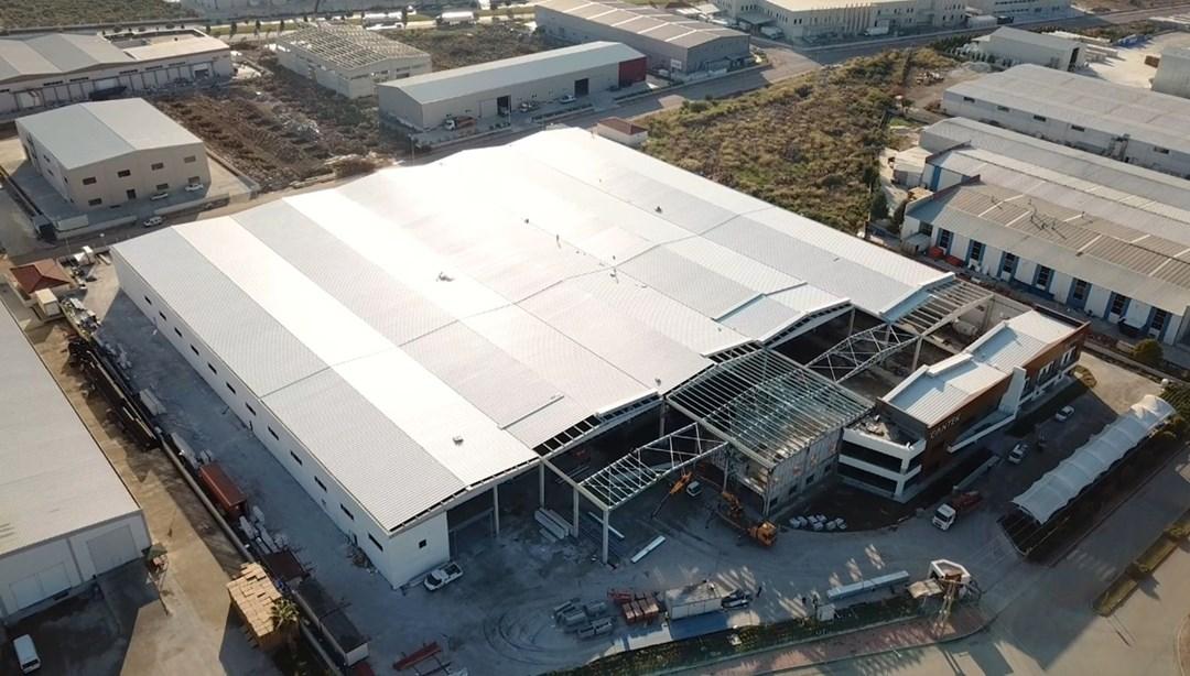 Yangında küle dönen Türkiye'nin ilk bitki fabrikası, 7 ayda yeniden inşa edildi thumbnail