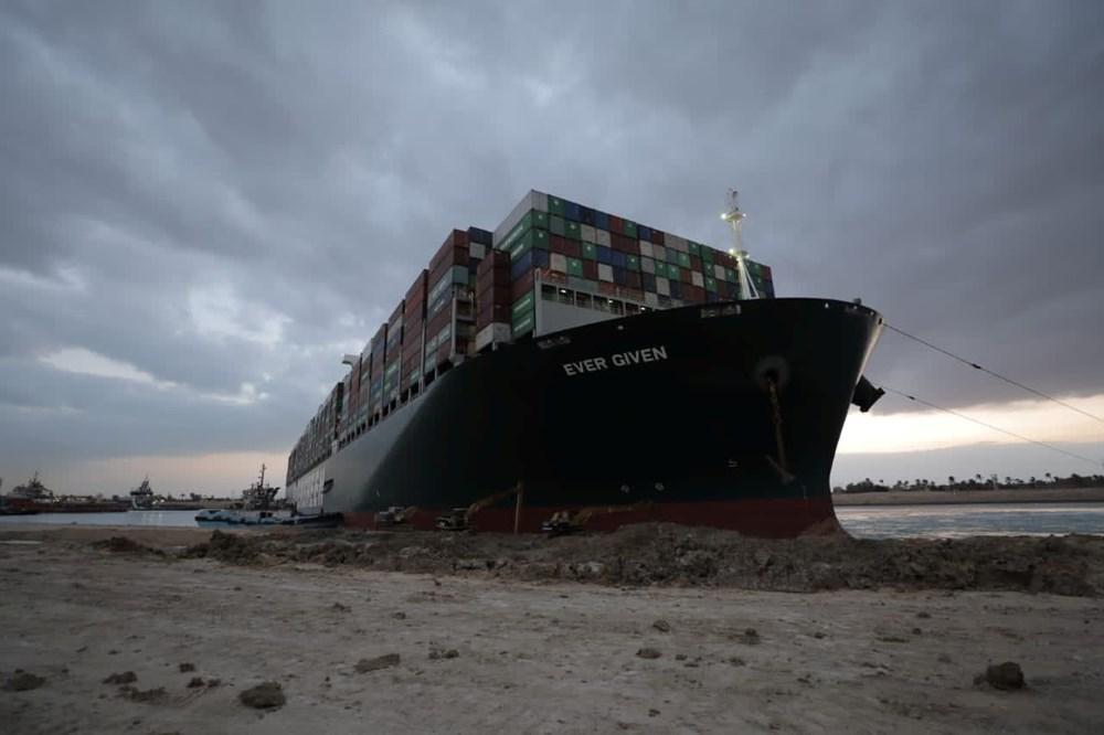Süveyş Kanalı 6. günde kısmen açıldı: Ever Given gemisi yüzdürüldü - 7