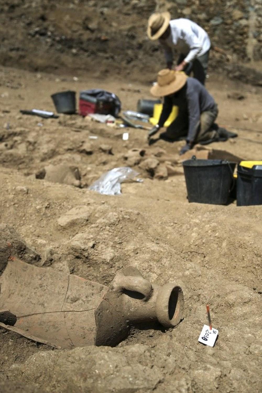 Fransız arkeologlar binlerce yıl öncesine ait 40 tabut keşfetti - 5