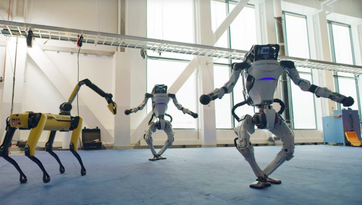 Boston Dynamics'in robotu şimdi de dans etti