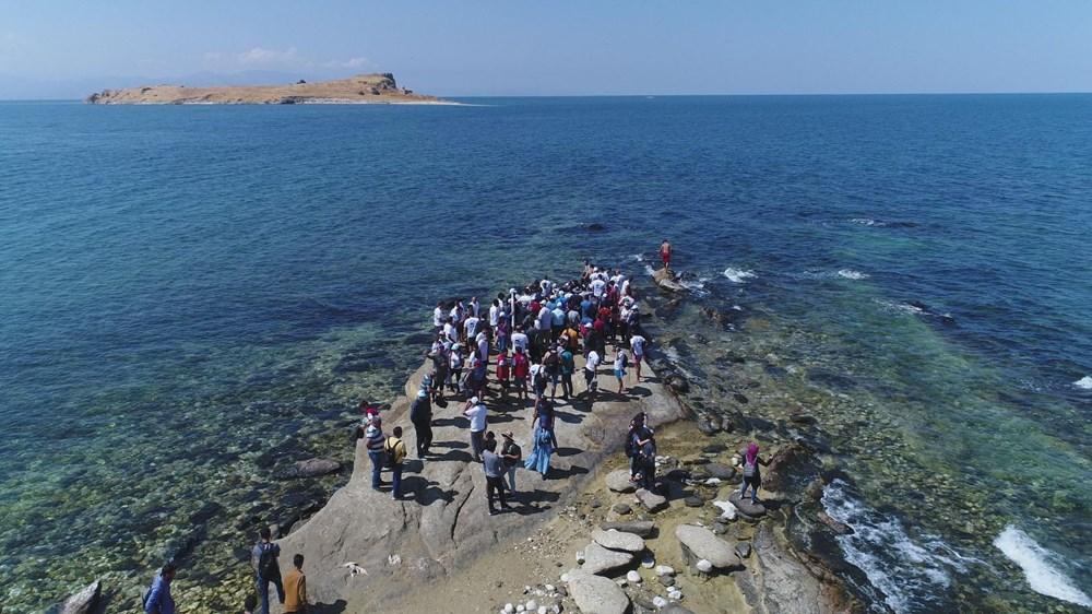 Su altındaki antik yoldan Çarpanak Adası'na ulaştılar - 2
