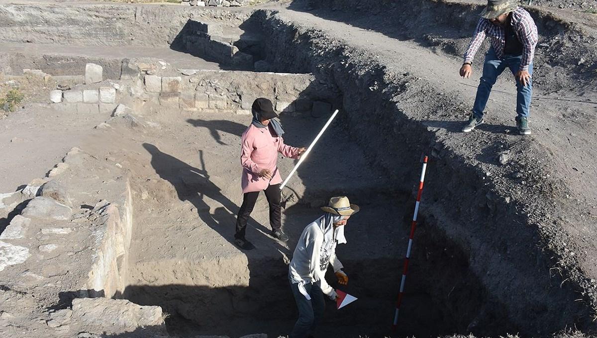 Dünya kenti Ani'nin yer altı tarihinin ortaya çıkarılması için 4 noktada kazı çalışması