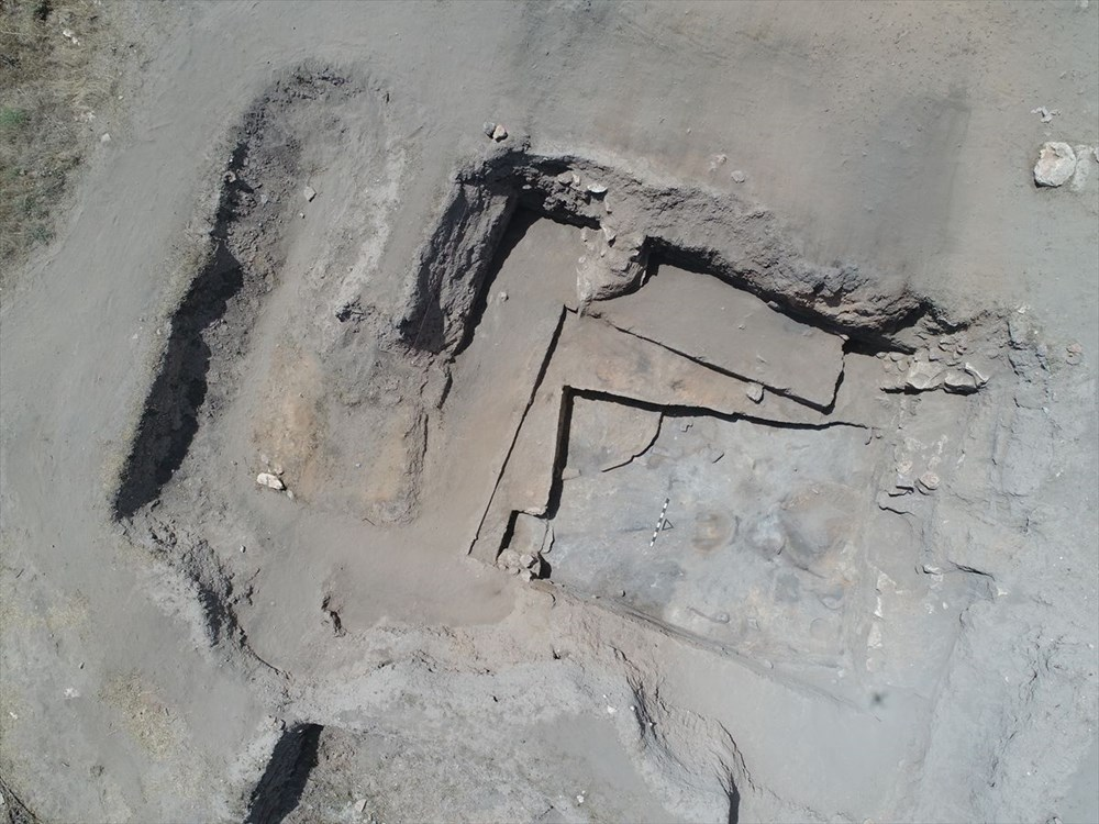 Eskişehir Küllüoba kazısında 5 bin yıllık boya paleti bulundu - 7