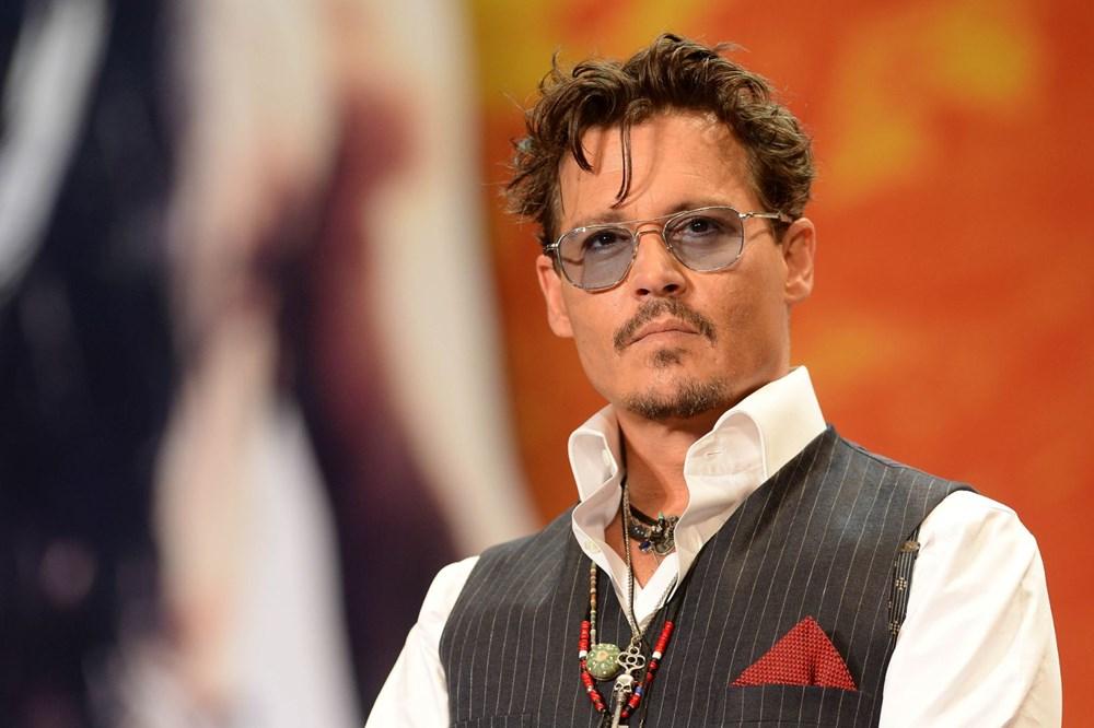 Robert Downey Jr ve Johnny Depp, Sherlock Holmes 3'te buluşuyor - 3