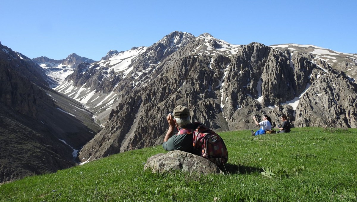 Terörden arındırılan Munzur Dağları saklı cennete döndü