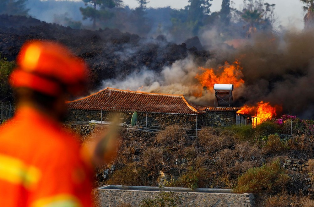 Kanarya Adaları'nda aktif hale gelen yanardağda patlamaların şiddeti arttı - 6