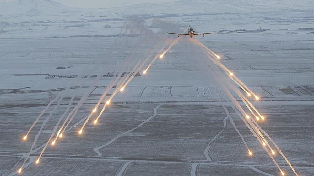 Aksungur tam yüklü mühimmatla 1 günden fazla uçtu (Türkiye'nin yeni nesil silahları) - 132