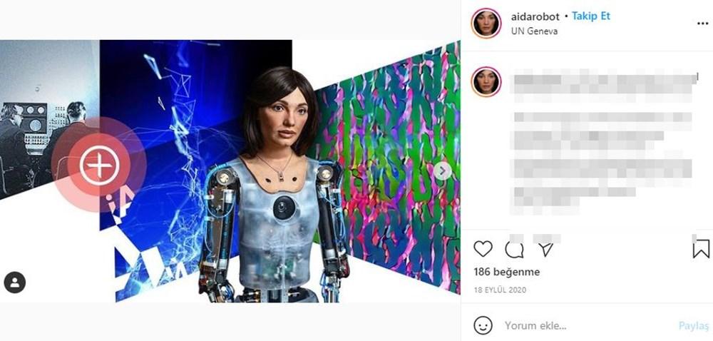 Robot Ai-Da'dan otoportre sergisi - 8