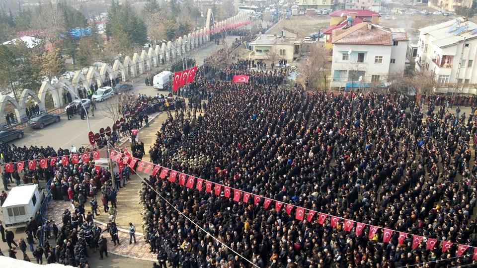 Uzman Çavuş Adem Aktaş'ın cenazesinden bir kare