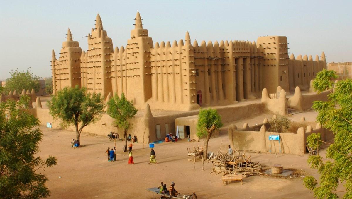 """Batı Afrika'nın """"kültür sarayı"""" Mali'de neler oluyor?"""