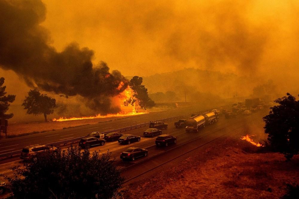 California'da yangınlar kontrol altına alınamadı: Bir helikopter düştü - 18