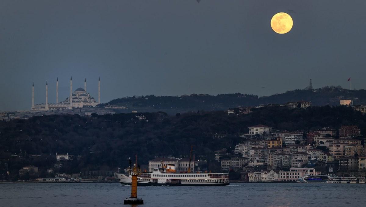 Yurttan 'Süper Solucan Ay' manzaraları