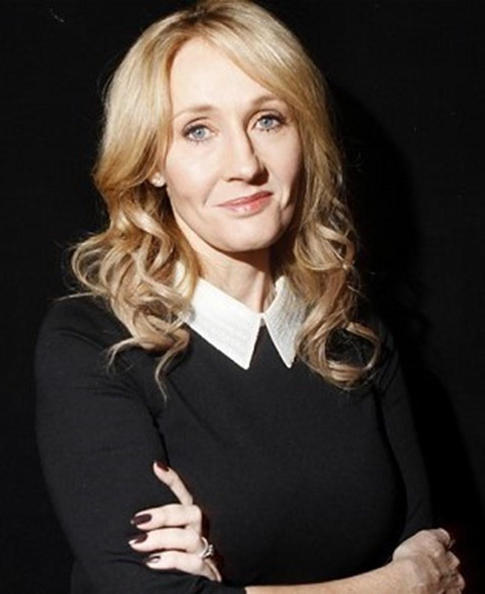 Harry Potter serisinin yazarı J.K. Rowling