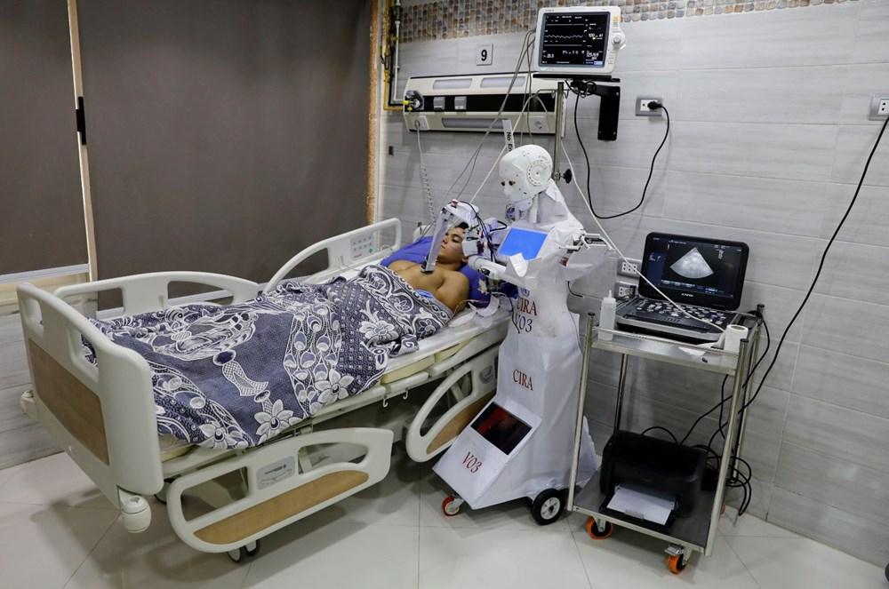 Corona virüs hastalarına robot hemşire