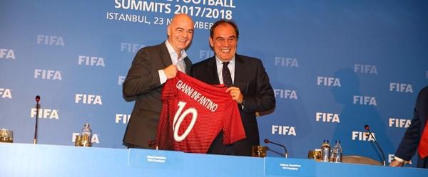 Infantino: Yıldırım Başkan 'ofsayt olmasın' diyor