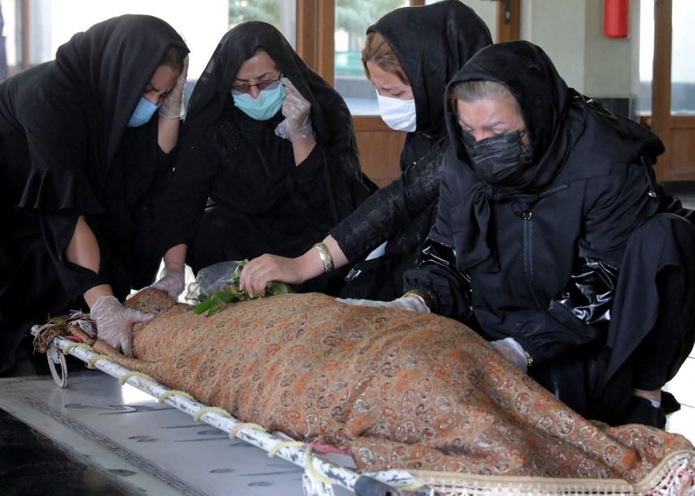 İranlı doktorlar yoğun bakım ünitelerinde Covid-19 ve ABD yaptırımlarıyla boğuşuyor: Politik çıkarlar insan hayatından önce gelmemeli - 3