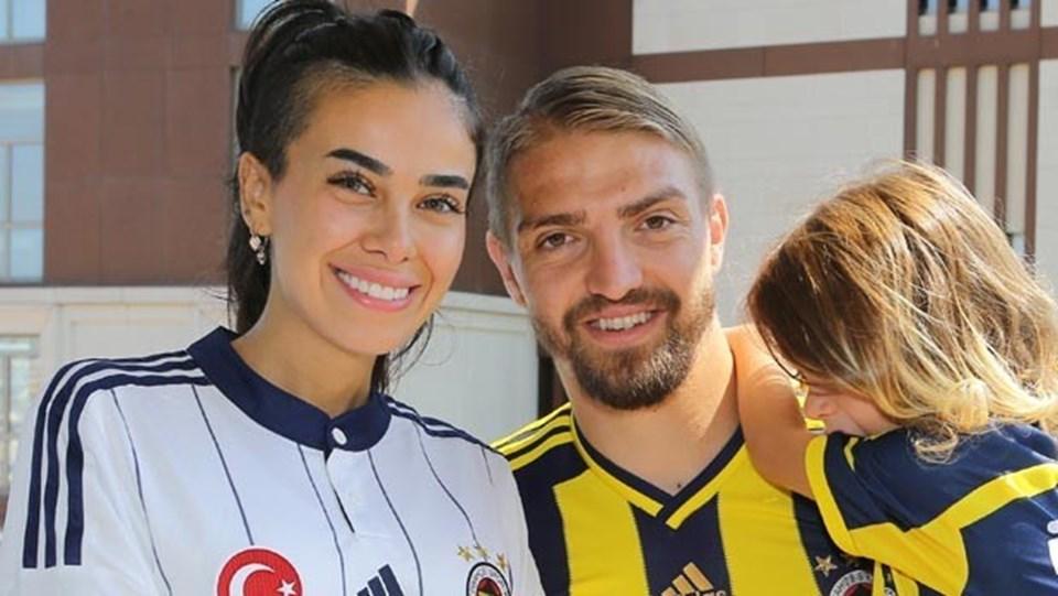 Altı yıl evli kalan Caner Erkin ile Asena Atalay'ın 5 yaşında Çınar isimli bir oğulları var.