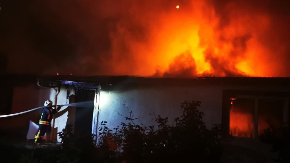 Eski koca dehşeti: Evi ateşe verdi - 2