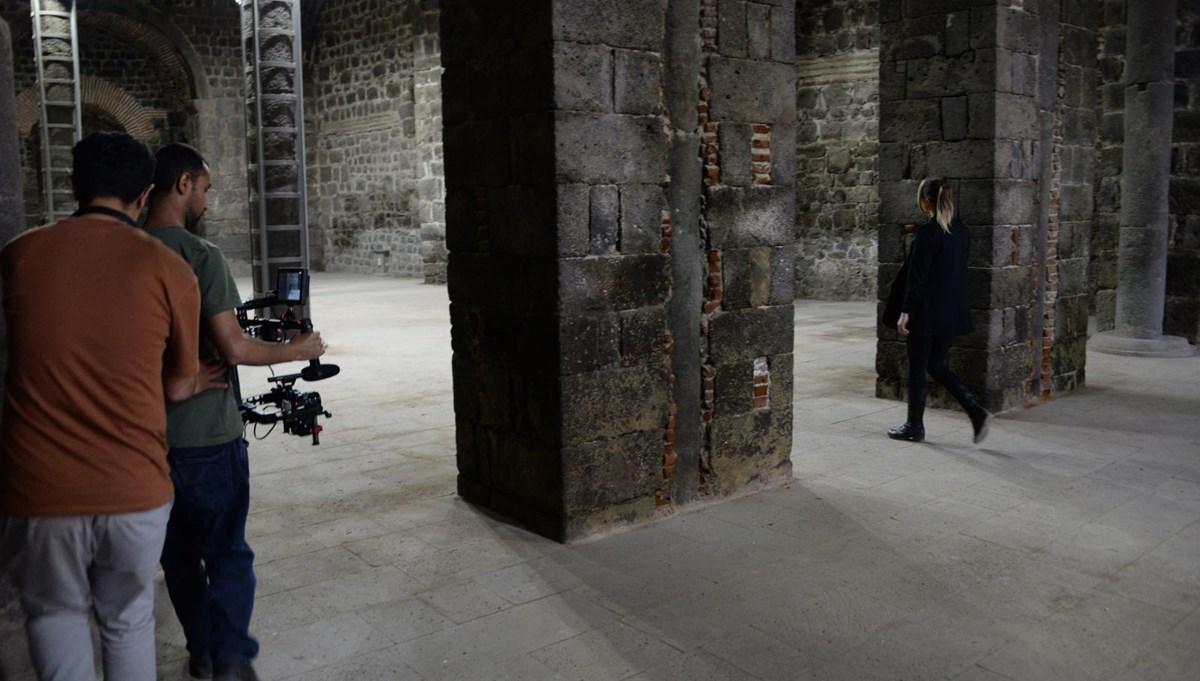 Diyarbakır'ın tarihi mekanları dizi çekimleri için doğal plato oldu