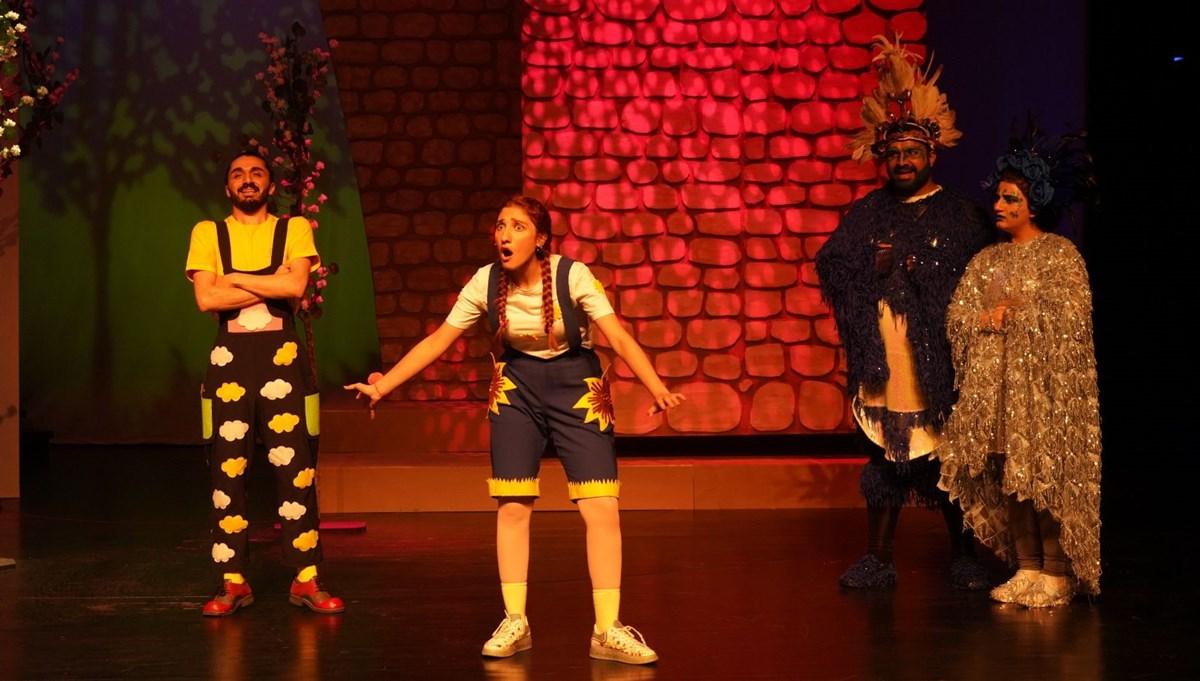 Diyarbakır'da Şehir Tiyatroları perdelerini açıyor