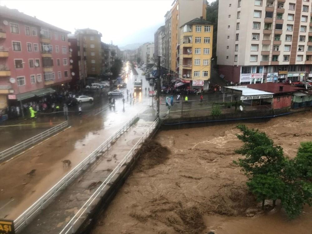Şiddetli yağış Rize'yi de vurdu: 2 can kaybı - 28