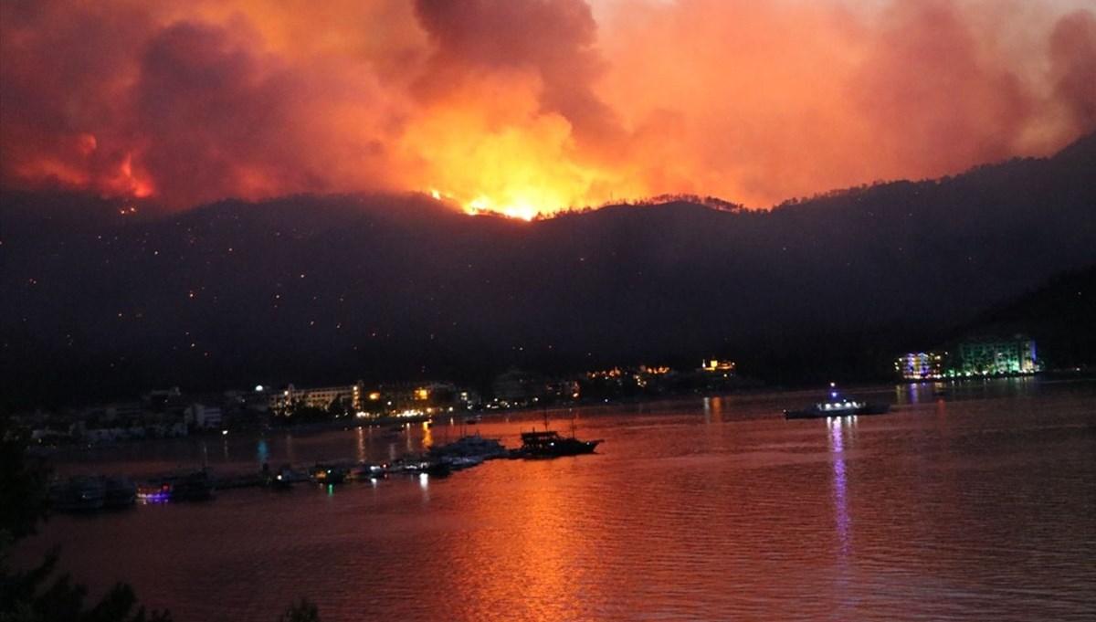 Marmaris'te yangına müdahale sürüyor: 1 kişi hayatını kaybetti