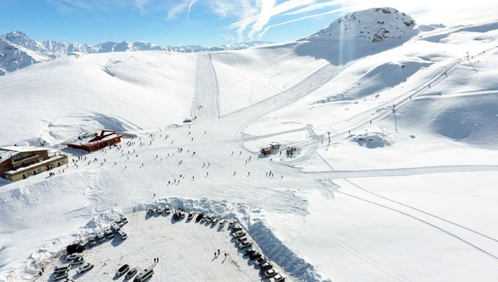 Hakkari kayak tutkunlarını bekliyor: Merga Bütan Yaylası