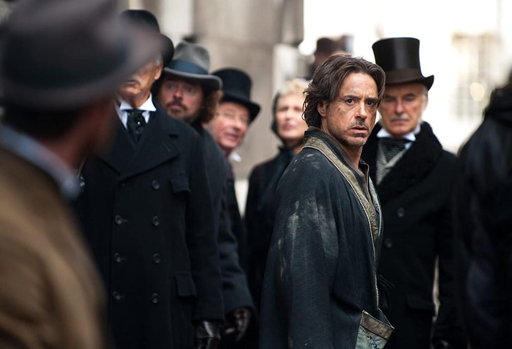 Robert Downey Jr ve Johnny Depp, Sherlock Holmes 3'te buluşuyor - 6