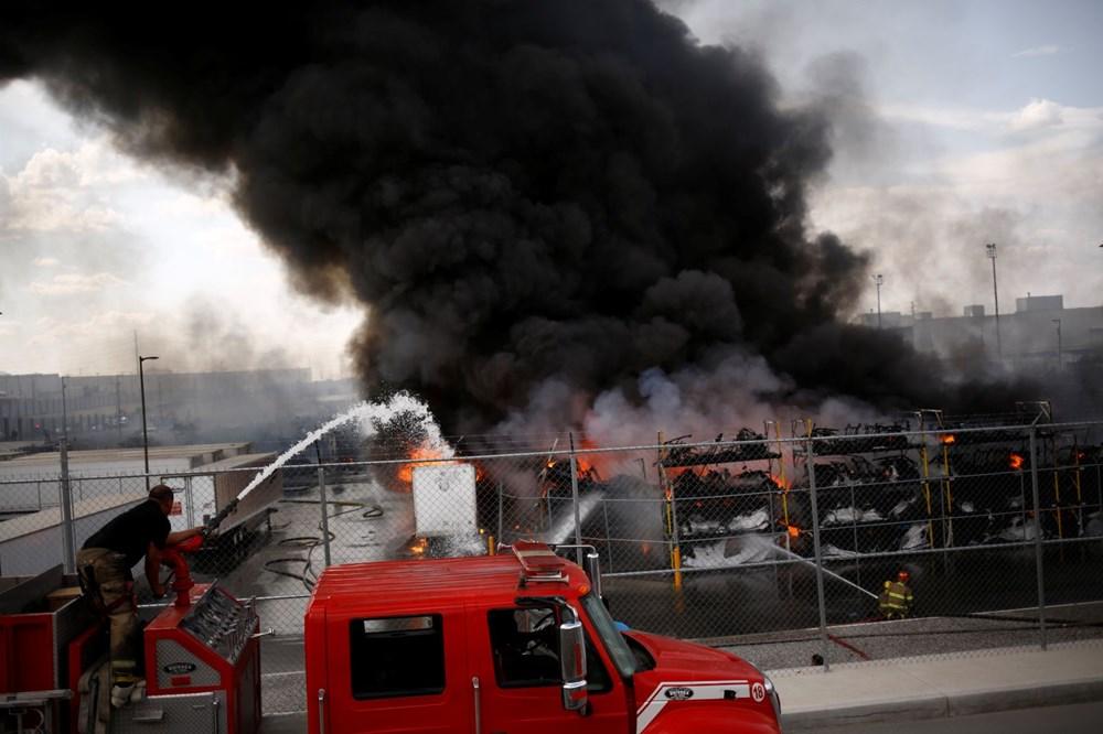 Meksika'da otomobil fabrikasında patlama: Yangın çıktı - 1