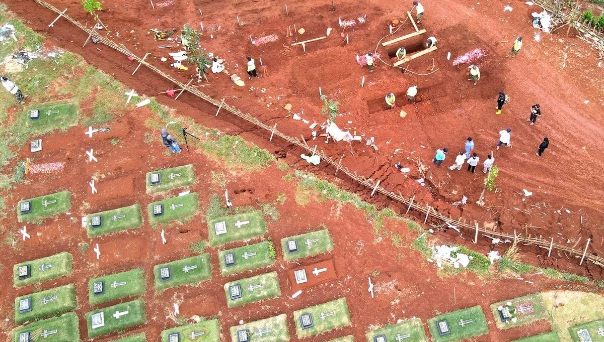 Cakarta'da mezarlık alanı genişletiliyor