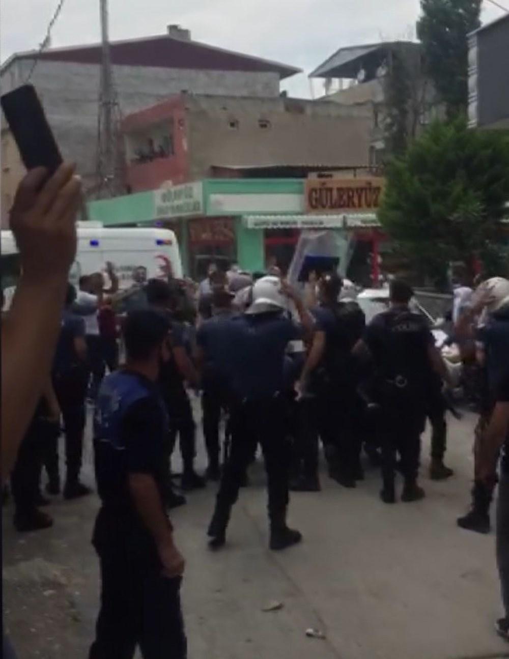 Bursa'da yıkım gerginliği: Polis ve zabıtaya taşlı sopalı saldırı - 2