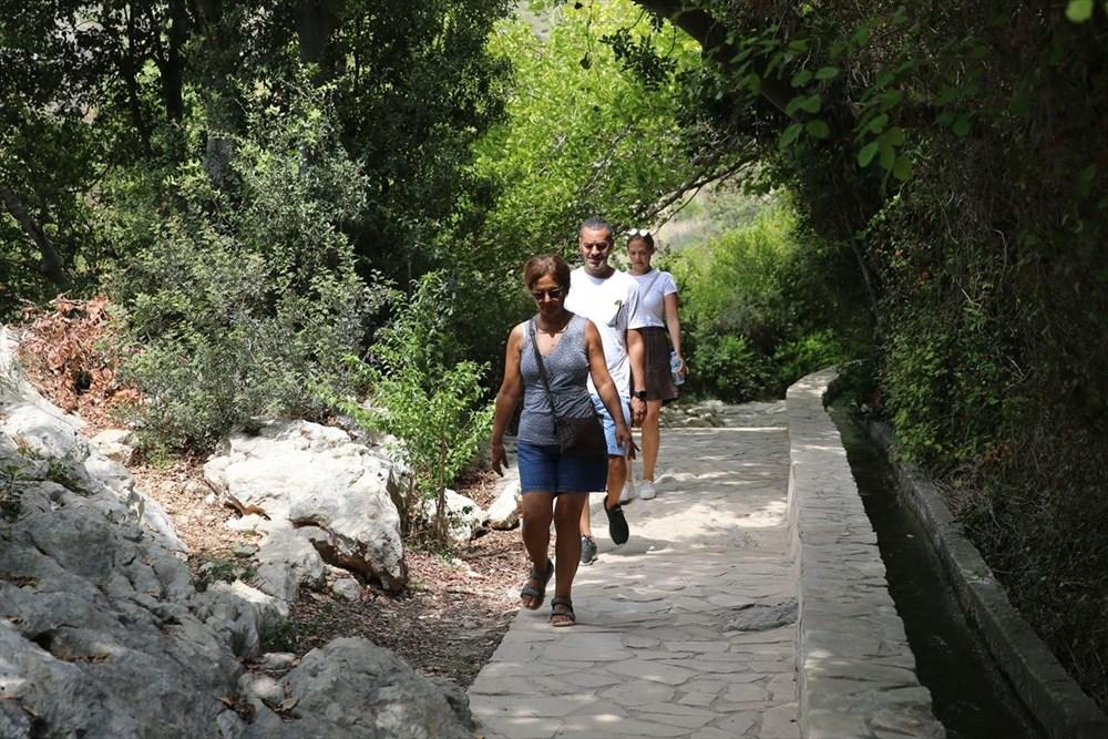 Antik dönemin mühendislik harikası: Bin esire yaptırılan 'Titus Tüneli'ne turist akını - 3