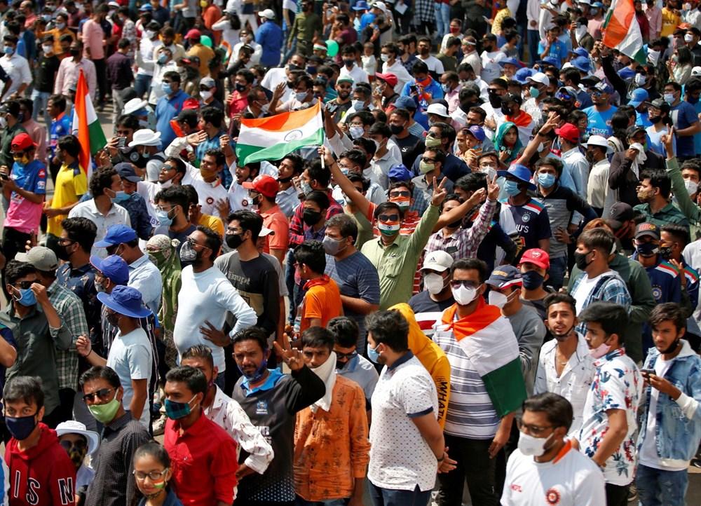 Hindistan'da Covid-19 vakalarının sayısı 20 milyona ulaştı: Halk, cenazelerini karton tabutlarla taşıyor - 8