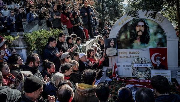 Barış Manço ölümünün 21. yılında anıldı