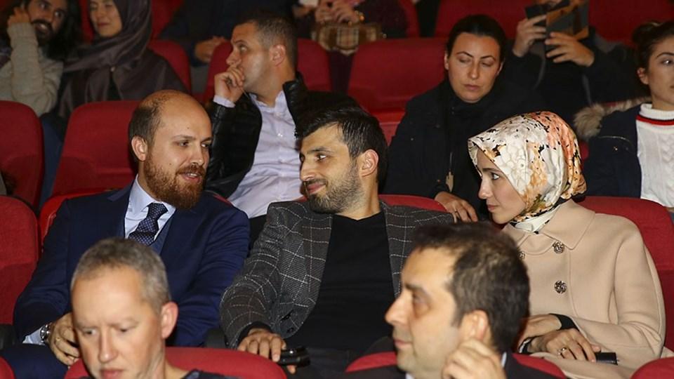 Bilal Erdoğan, Reyyan Erdoğan, Sümeyye Erdoğan ve eşi Selçuk Bayraktar oyunu izleyenler arasındaydı.