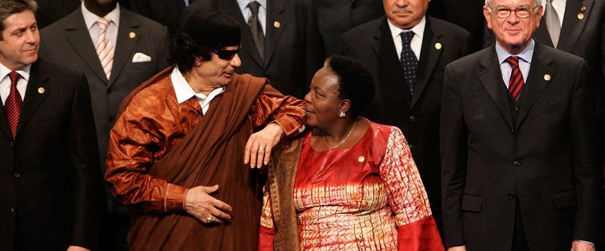 Kaddafi'nin kabilesi Hafter'den desteğini çekti