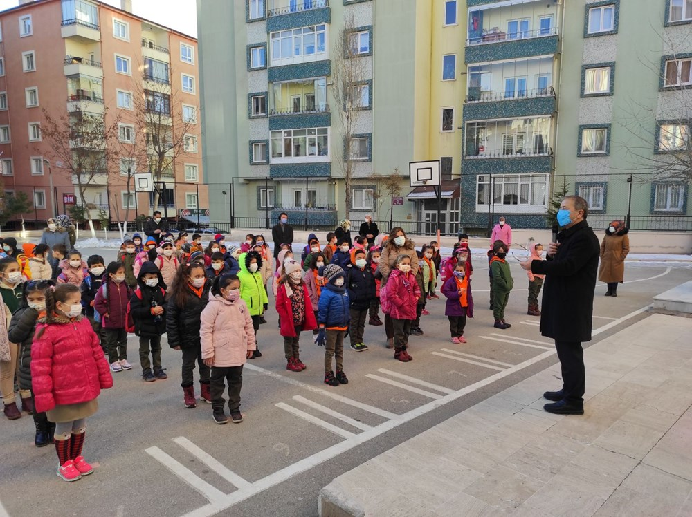 Türkiye'nin kontrollü normalleşme dönemi: Yüz yüze eğitim başladı - 18