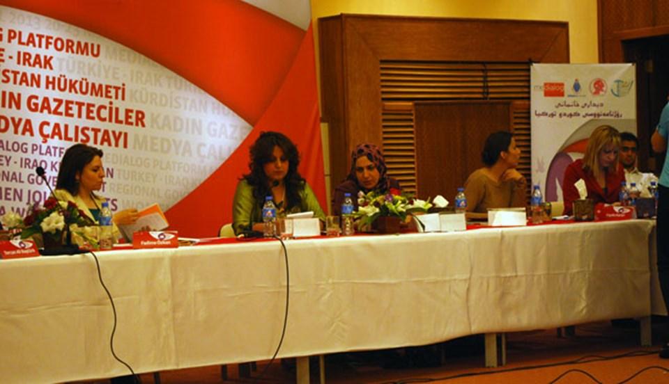 Çalıştay moderatörlerinden Fadime Özkan, Chiro Şehap ve Nezaket Hüseyin