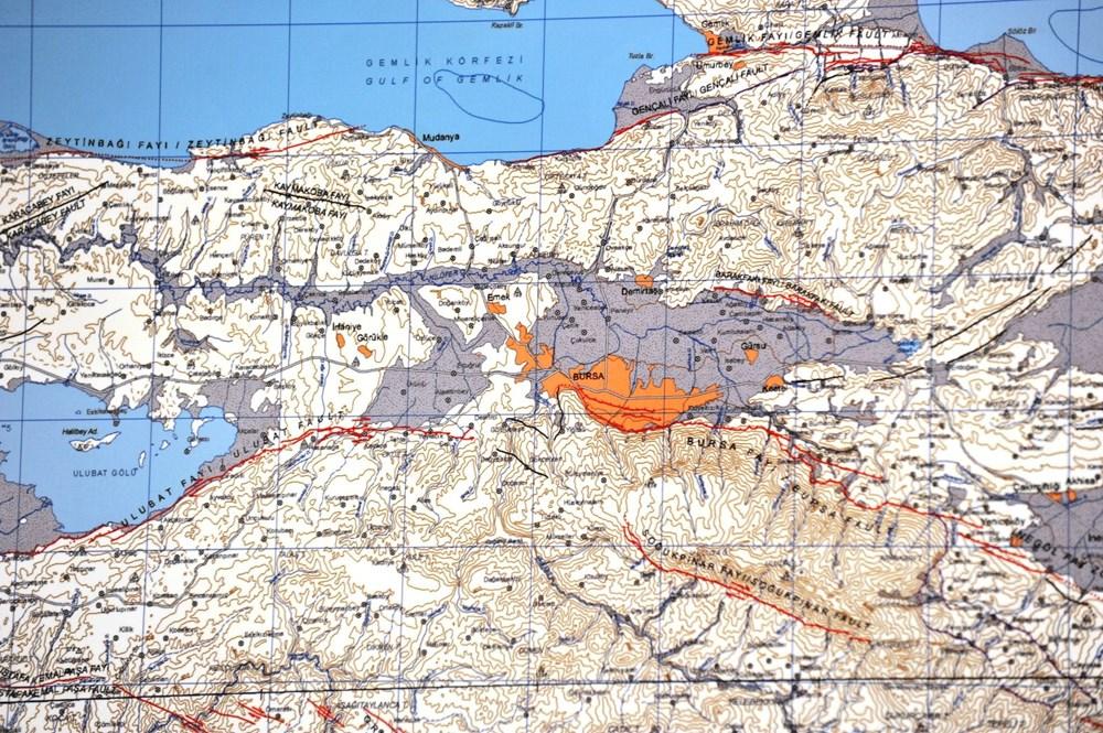 İzmir'i vuran deprem sonrası uzmanlar o bölgeyi işaret etti: Katil fay, Marmara'yı etkileyecek - 2