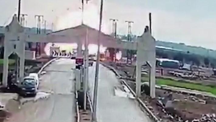 Kilis sınırında patlama anı kamerada