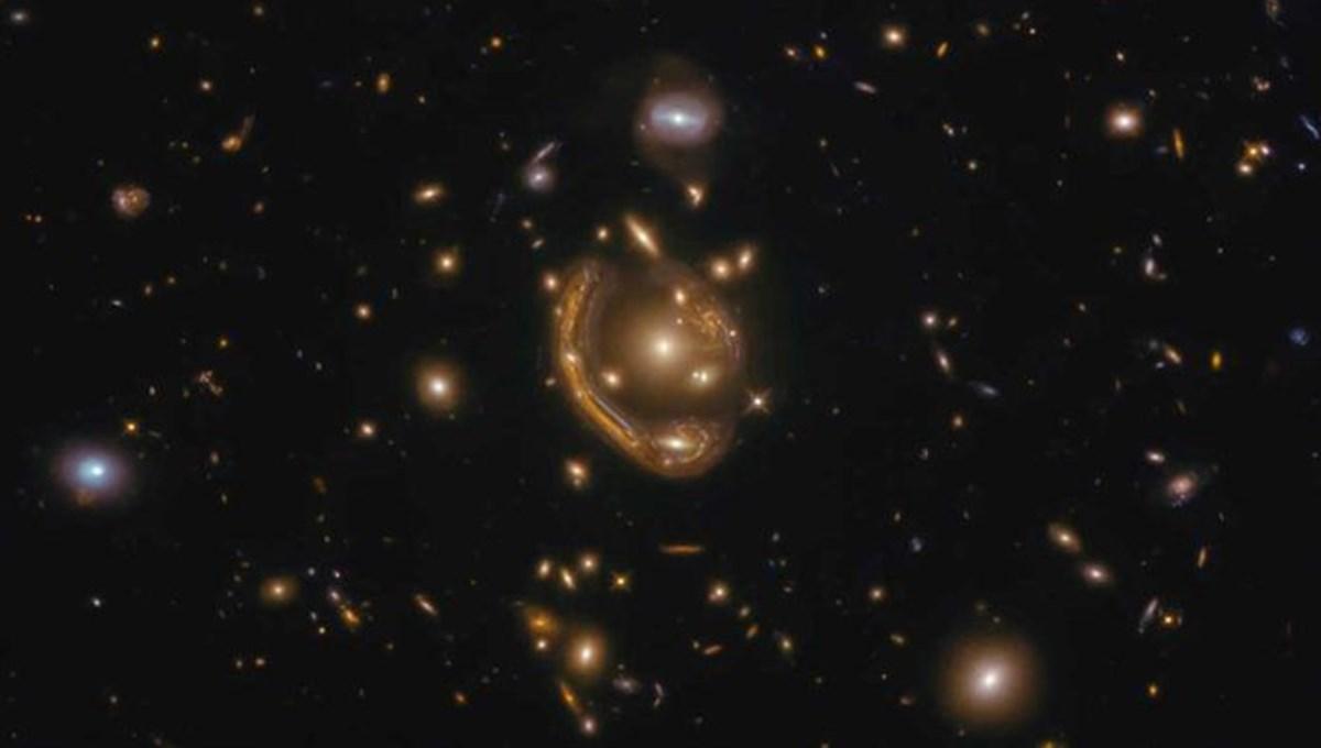 Hubble Uzay Teleskobu, devasa Einstein halkasını görüntüledi